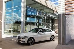 2014 Mercedes-Benz The new C-Class 成就不容屈就