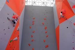 多國攀岩精英青海上演「岩壁芭蕾」
