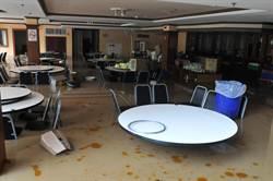 金門豪雨猛灌 旅館客人用餐驚逃