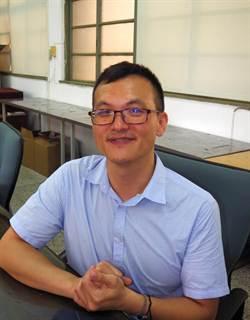 中一中老師陳一隆 獲頒SPECIAL教師獎