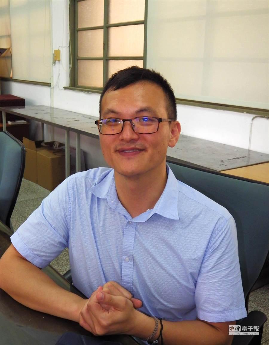 ▲台中一中老師陳一隆打破歷史課的刻板印象,今年獲選為「SPECIAL」教師。(陳界良攝)