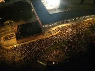 學民思潮發起港中學生罷課 3000人聚集添美道