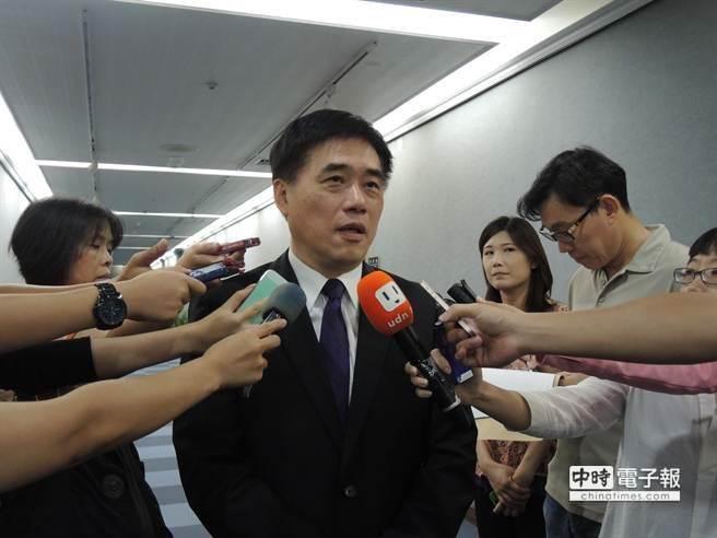 連勝文真的搬出帝寶,郝龍斌表示,他是深受庶民生活感動,才做出這項決定,「這不是矯情」。(本報資料照片)