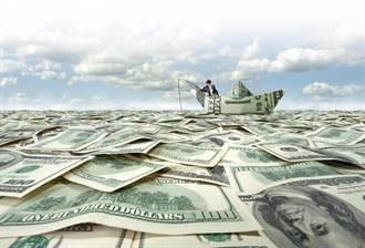 搶賺美元升值財 有錢人正在做的5件事!