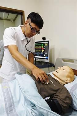 造價300萬擬真病人 可模擬百種病徵