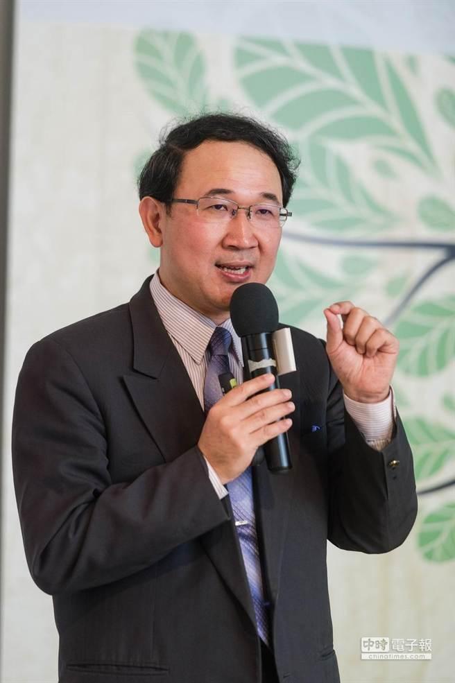 馬偕醫學院全人教育中心副教授申永順(見圖)也出席並演講。(郭吉銓攝)