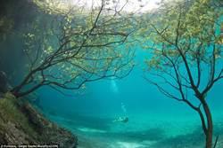 絕美  奧地利超現實水下公園