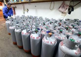 明起桶裝瓦斯每桶調降92元