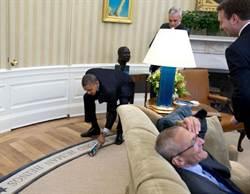 快手拍斃蒼蠅 歐巴馬再顯絕活