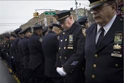 劉屏專欄-美國人這樣對待警察