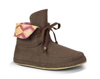 Sanuk的多元設計:桑達菲反摺靴傳達四百年歷史的熱情與自由