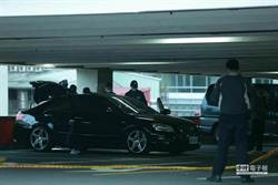 北市峨嵋停車場爆槍擊 警帶回1關係人