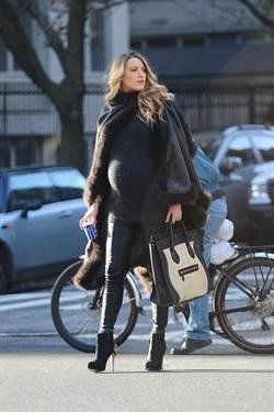 地表最時髦孕婦 Blake Lively孕婦造型總回顧