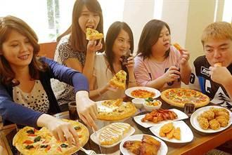 好友聚會吃什麼?共享達美樂花生滋心Pizza最對味