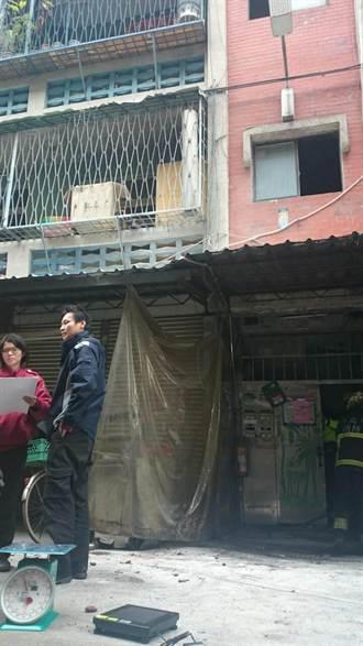 公寓火警 意外查獲非法爆竹