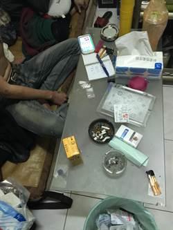 警方關懷弱勢家庭 查獲不肖子吸毒