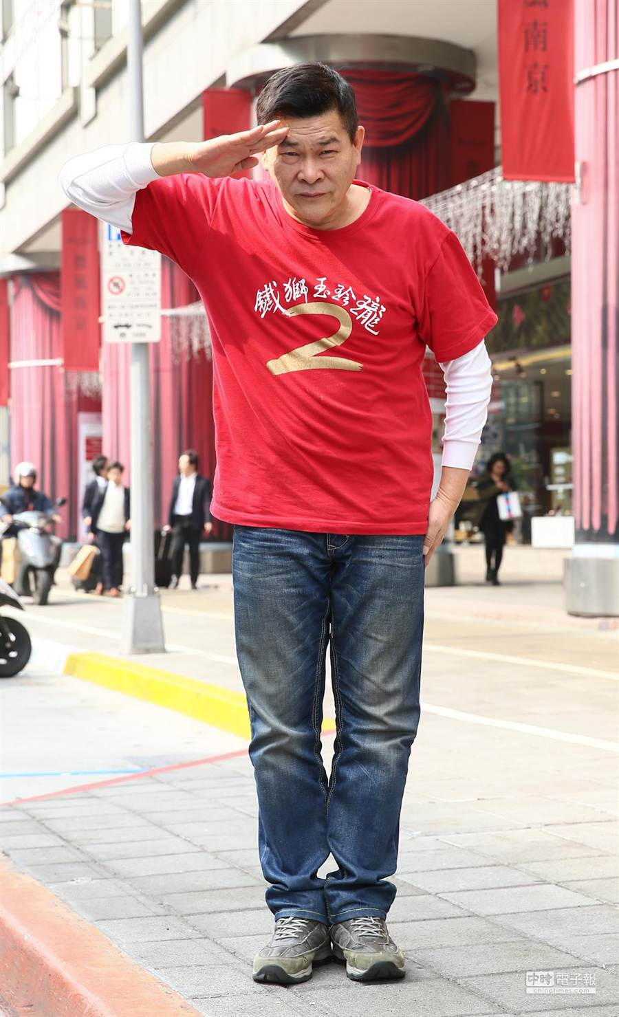 電影鐵獅玉玲瓏2導演澎恰恰邀請媒體,表示為了電影KUSO賽德克巴萊族並不恰當,彭恰恰表示願意道歉。(盧禕祺攝)