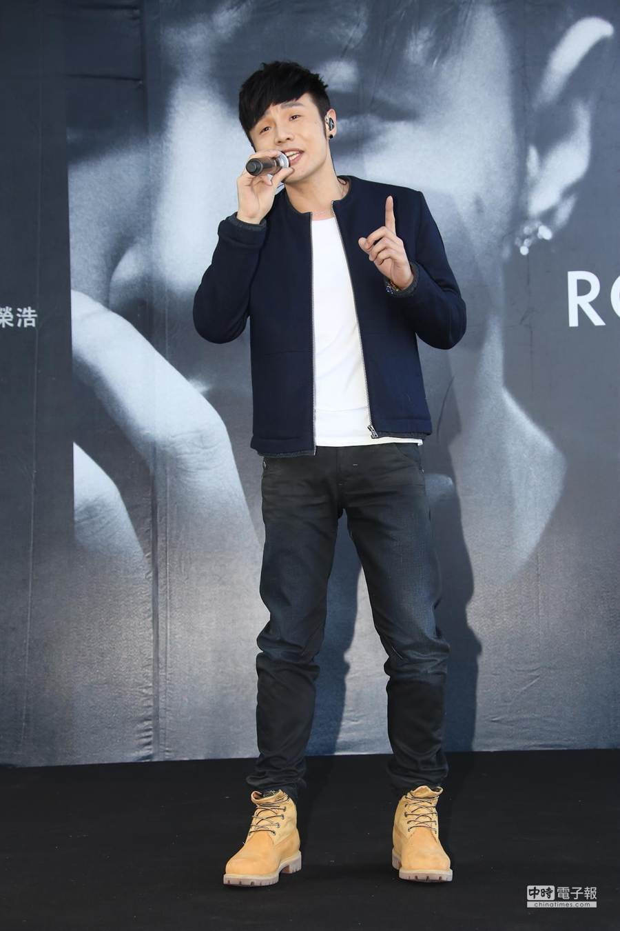 李榮浩來到台灣舉辦簽唱會。(羅永銘攝)