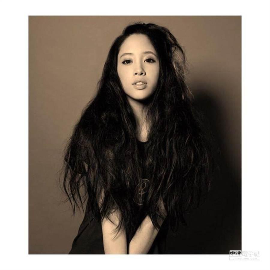 歐陽妮妮即將滿19歲(圖/歐陽妮妮臉書)