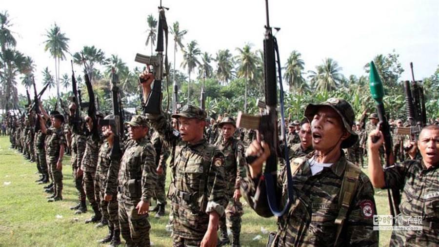 菲南叛亂分子擁有強大火力。(美聯社資料照片)