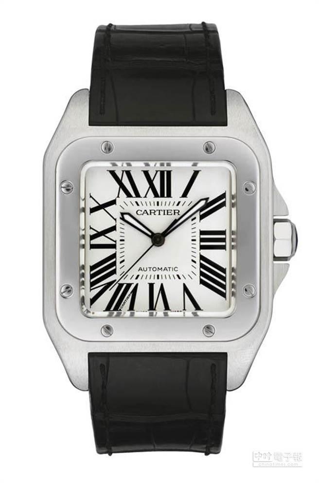 卡地亞Santos 100精鋼錶殼搭載自動機芯與黑色鱷魚皮錶帶,大型款建議售價 226,000元。