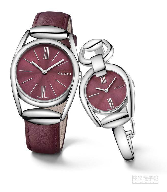 (左) GUCCI馬銜系列深紅色旭日紋錶面搭配同色皮錶帶,建議售價30,000元。 (右) 馬銜系列深紅色旭日紋錶面手鐲錶建議售價28,000元。