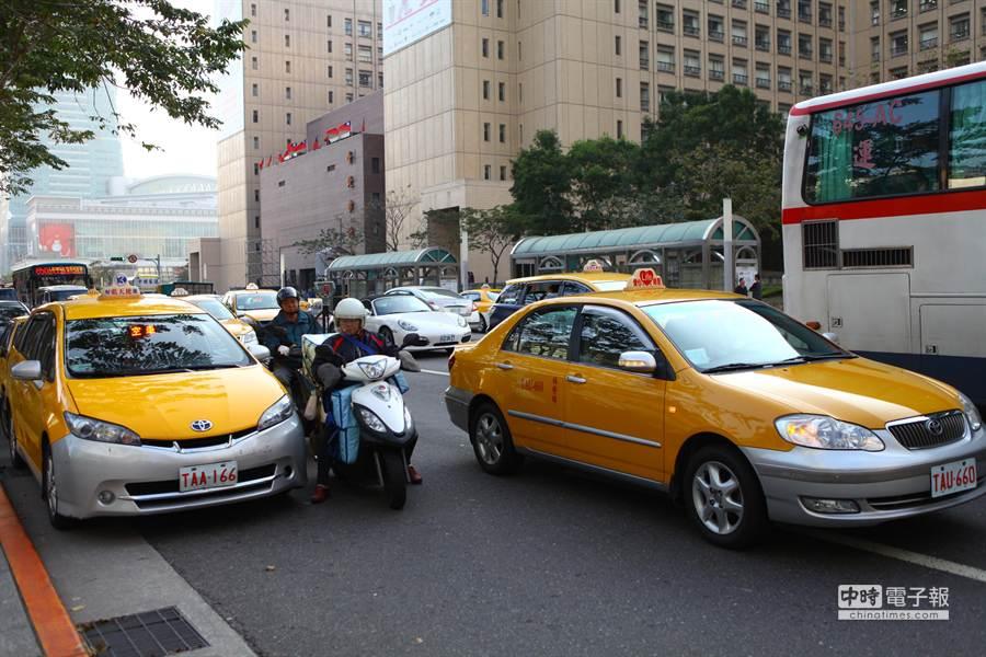 北北基計程車要漲價了,平均漲幅為14%。(張立勳攝)