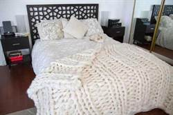 巨型毛線織毛毯 看了就暖