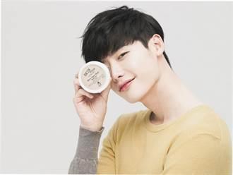 李鍾碩好膚質不是喊假的 品牌帥照張張白.淨.無.瑕