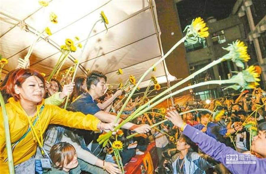在去年藉反服貿為理由,掀起太陽花運動。 (本報系資料照片)