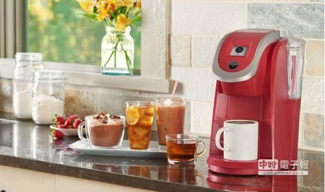 在美国,有三分之一的家庭有胶囊咖啡机,绿山咖啡每年都趁势推出新品。(图取自绿山咖啡公司网页)