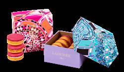 巴黎百年甜點Ladurée 跨界引爆馬卡龍時尚 與義大利印花大師品牌Emilio Pucci 聯手打造美味藝術饗宴