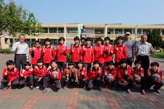 北辰國小2女排隊超強 五大賽事「大滿貫」