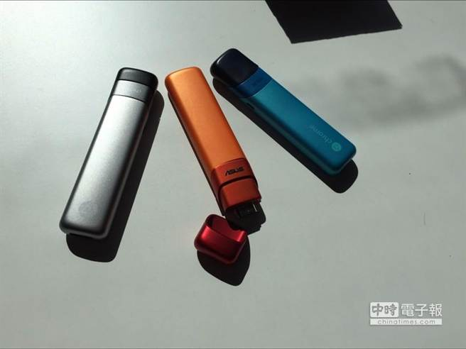 Asus Chromebit。(翻攝自businessinsider.com.au網站)