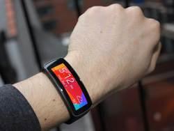 BI:Apple Watch讓三星智慧錶像垃圾