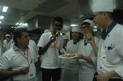 斯里蘭卡受助代表伊瑪 參訪育達餐飲