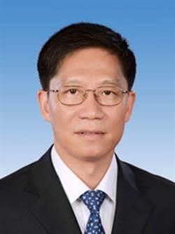 鍾勉任雲南省委副書記
