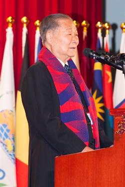 尼泊爾強震 世盟總會長饒穎奇險被埋
