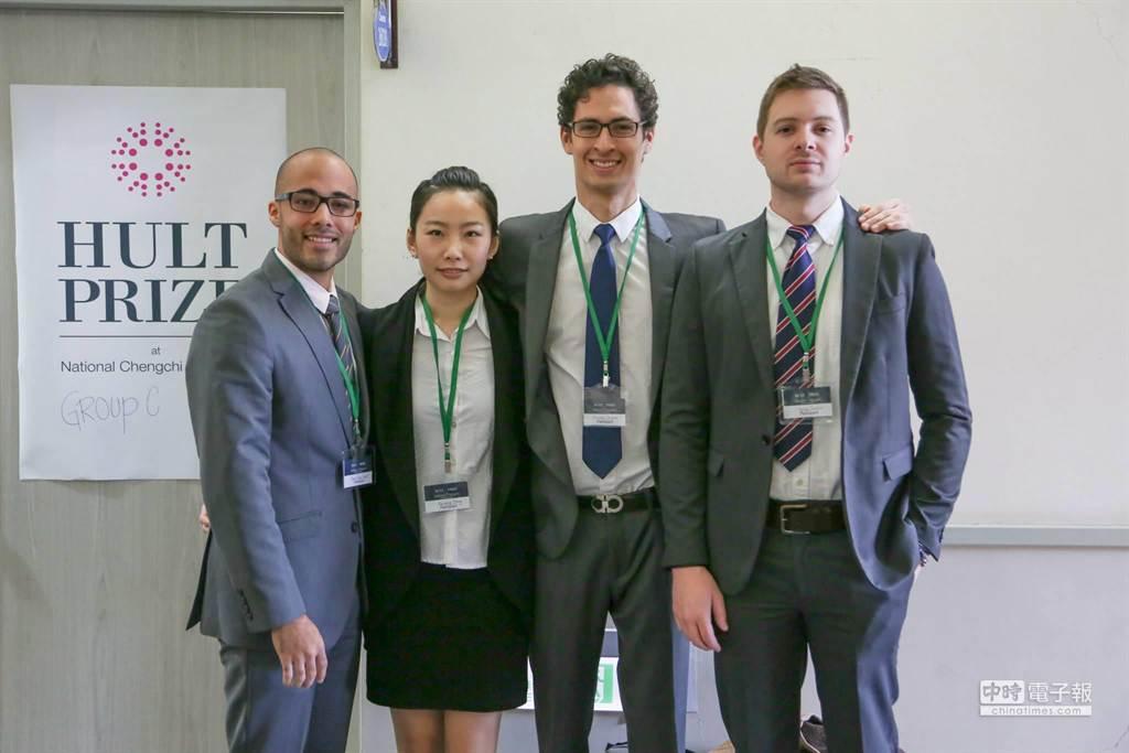 由左至右分別為宏都拉斯潘方砥(Juan Diego)、台灣陳安穠、薩爾瓦多艾安禮(Andres)及加拿大史泰勒(Taylor Scobbie)(陳安穠提供)
