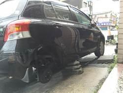 男子開車爆胎 偷別人輪胎換用