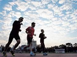 撞擊運動增骨密度 拍手踏地防骨鬆