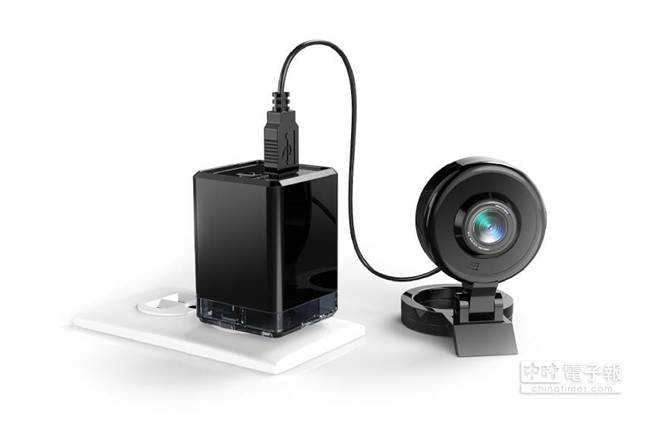 透過NextDrive Plug物聯插頭,一般消費者都可以輕鬆建置雲端硬碟、遠端無線攝影機等設備,讓智慧生活變得更簡單。(圖/聯齊科技)