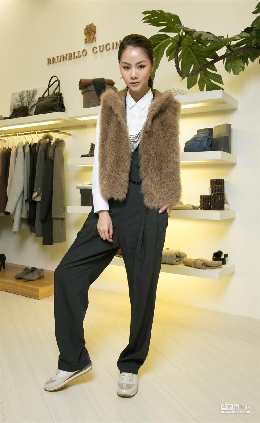 Brunello Cucinelli早秋系列主打多層次穿搭,每一件單品皆十分百搭,充分發揮Mix & Match精神。(品牌提供)