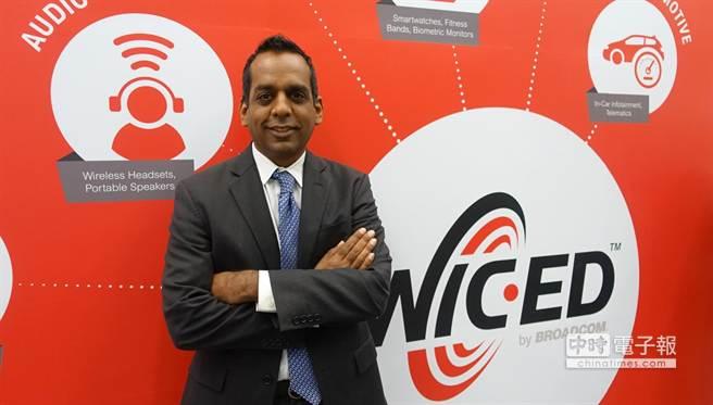 博通寬頻通訊與連線事業群行銷總監Manny Patel宣布推出5G WiFi路由平台。(業者提供)