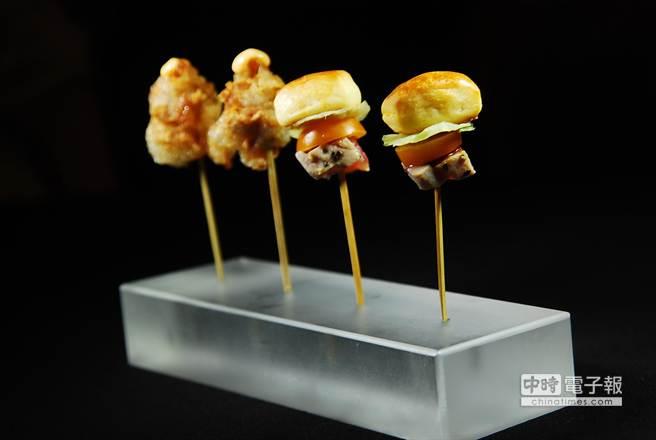 迷你〈鮪魚布里歐〉(右)和〈韓式炸雞〉,一口一個,吃了不必怕胖,也不必擔心沾手弄髒衣服,那個女生不愛呢。(圖/姚舜攝)