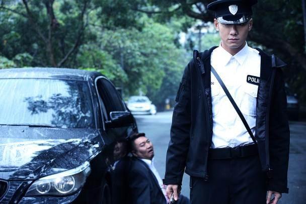 朱俊丞(右)覺得這個角色非常具有挑戰性。(圖/東網 on.cc)