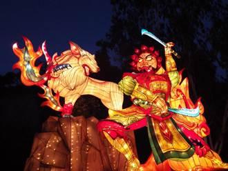 高雄月世界朝月祭 「妖狼擾月」花燈登場