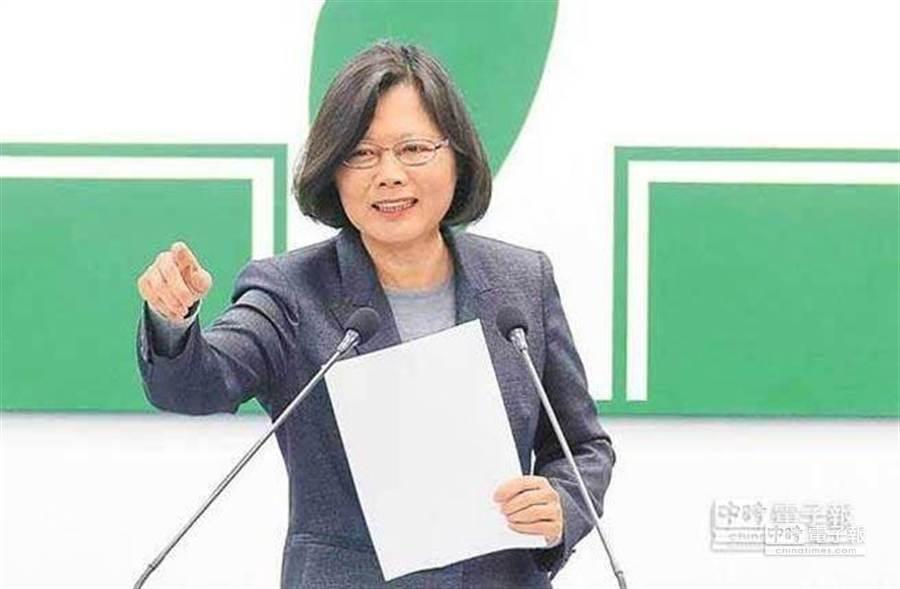 國民黨中評委吳駿表示,空心菜對民主進步一無貢獻,反反覆覆,毫無政治願景,無論是傳統或理性的綠營支持者,都不可能讓她開出高票。(本報資料照片)