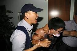 反課綱學生攻佔教育部長室 33人被逮捕