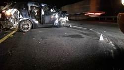3輛自小客車撞成一團 2死